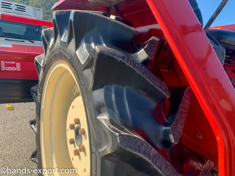 YANMAR Tractor F20S 622hour tire